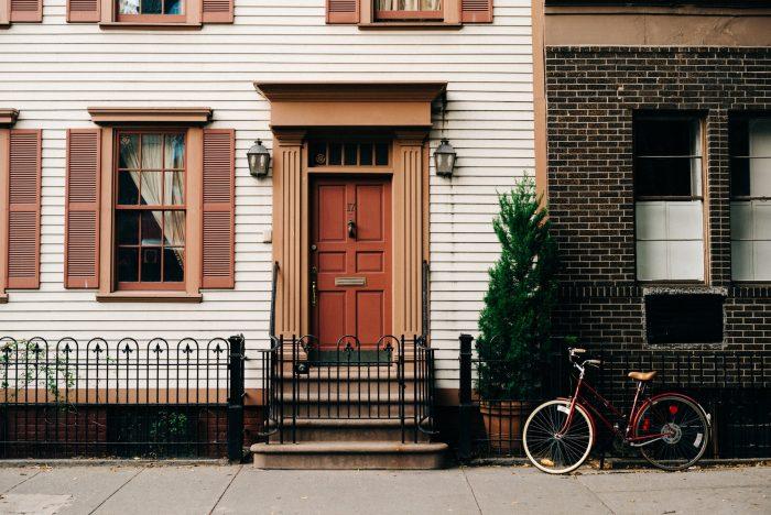 Airbnb listing description